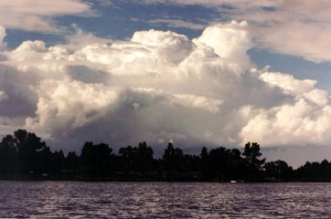 d1667-looming20thunderheads20at20rainbow20lake2028229